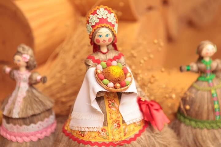Льняная кукла